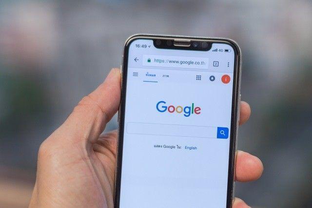 Google umumkan segera perbanyak iklan di smartphone