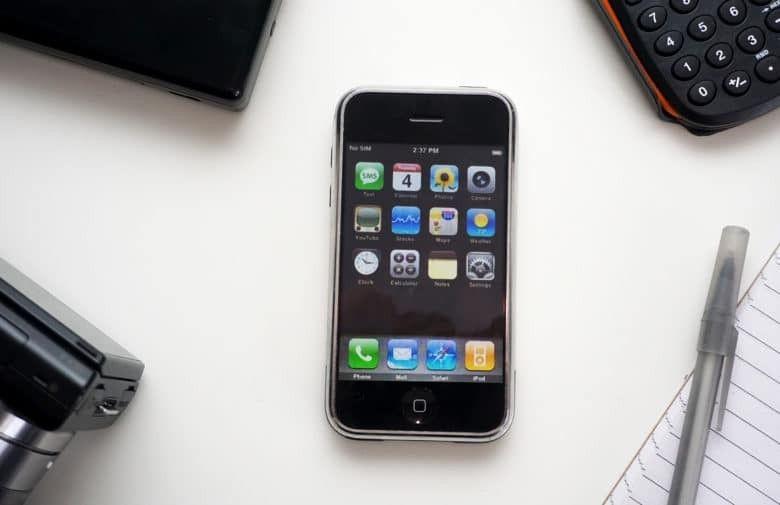 Apple bakal umumkan perubahan nama iOS menjadi iPhoneOS di WWDC 2020