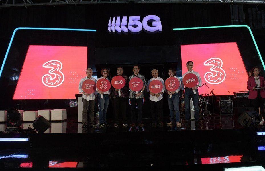 Uji coba 5G di Surabaya, Tri Indonesia pamer interaksi lewat hologram