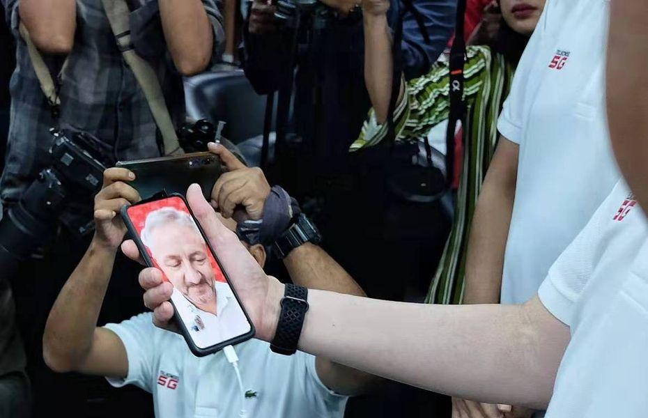 Oppo dan Telkomsel lakukan uji coba panggilan 5G pertama di Indonesia