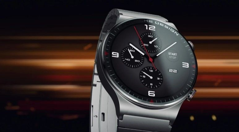 Huawei Watch GT2 Porsche Design berbahan titanium dan kaca safir juga turut diluncurkan