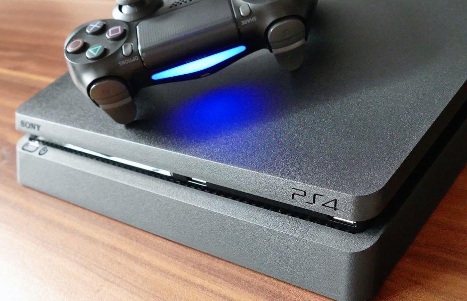 Meski penjualan lesu, PlayStation 4 berhasil terjual 100 juta unit