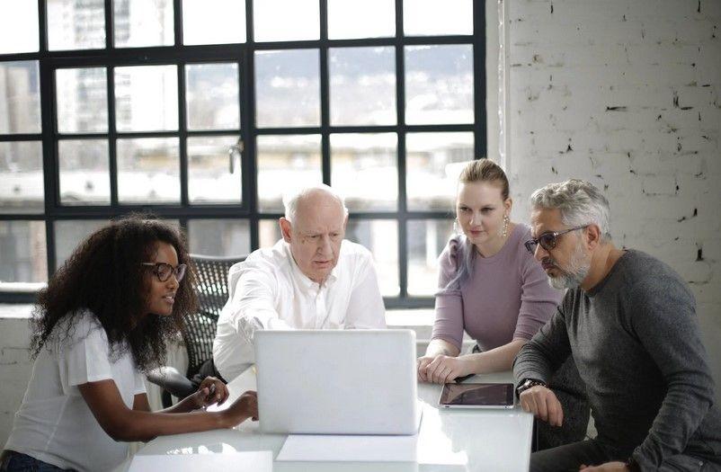 Pilihan Aplikasi untuk Meeting Online, WFH Tetap Produktif