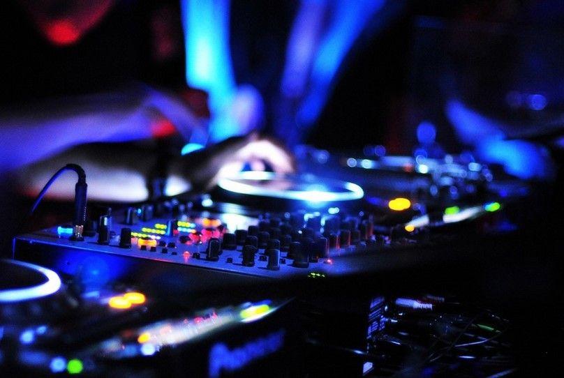 Daftar Aplikasi DJ Android Terbaik, Koleksi Terbaru Nih