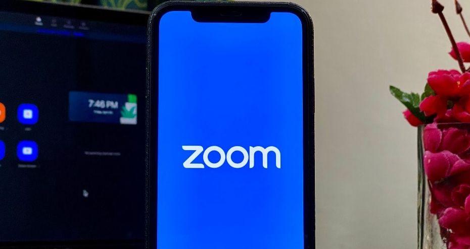 Zoom dan Among Us Jadi Dua Aplikasi yang Paling Banyak Didownload versi Apple