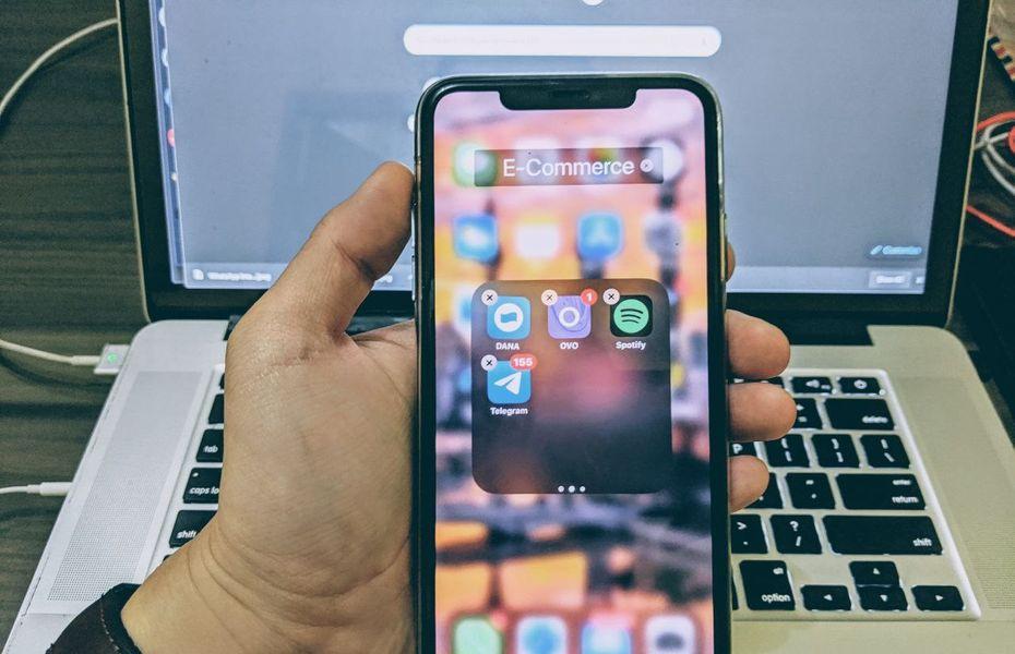 Cara memindahkan beberapa aplikasi sekaligus di iPhone