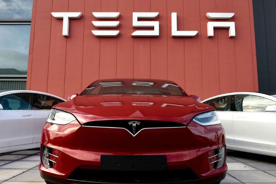 Wow! Jokowi Hubungi Elon Musk Agar Mau Bangun Pabrik Baterai di Indonesia, Begini Respon Bos Tesla