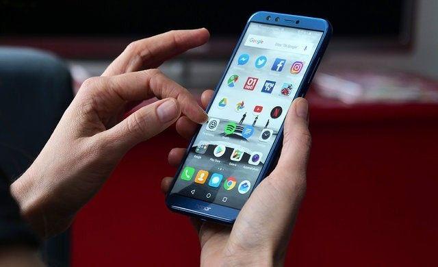 4 aplikasi yang wajib kalian hapus agar kinerja ponsel tidak berat