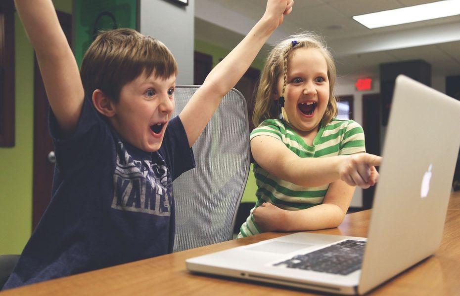 Ikuti Facebook, Google juga bagikan sejumlah tips dan trik awasi anak di internet