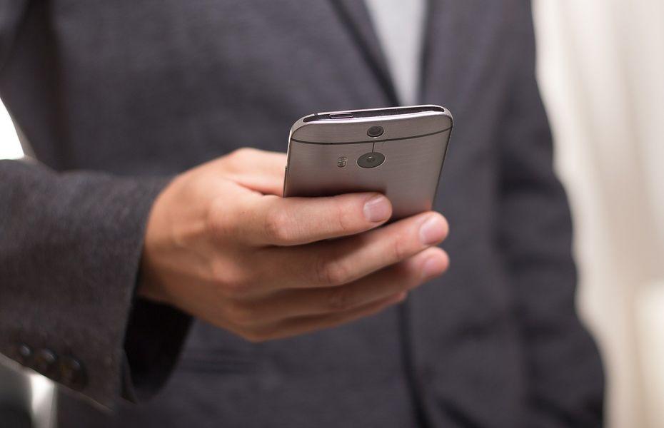 Cara mengatur APN untuk smartphone Android atau iOS