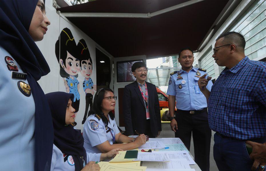 Smartfren dukung layanan paspor keliling di Imigrasi Jakarta Pusat
