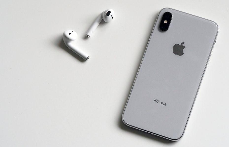 Apple tengah pertimbangkan paket bundling AirPods dan iPhone pada 2020