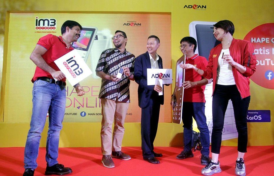 Indosat dan Advan luncurkan Smart Feature Phone 4G dengan KaiOS